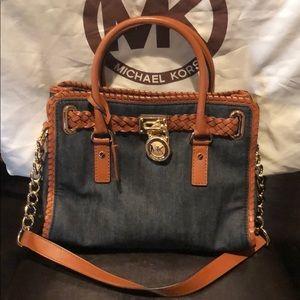 Pretty satchel in denim MD size